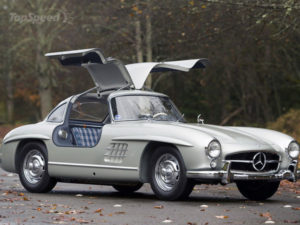 mercedes-300sl-gullwing-3